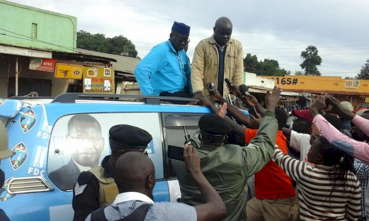 Police forces presidential candidate Amuriat out Masindi district